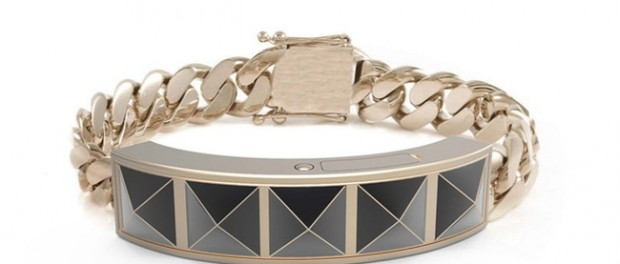Rebecca-Minkoff-wearable-tech-bracelet